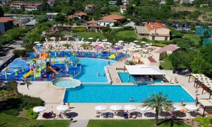Cronwell Platamon Resort ★★★★★